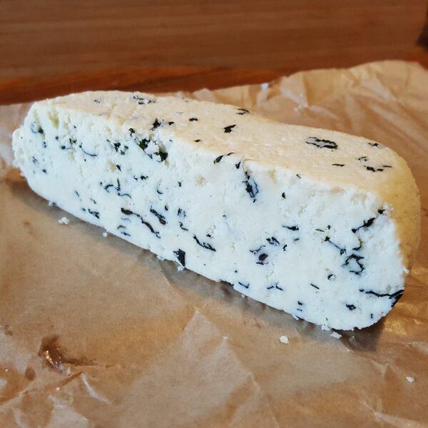 Saldais siers ar piparmētrām, kg